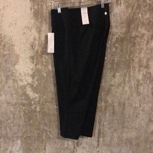 Cropped Athletic Black Leggings